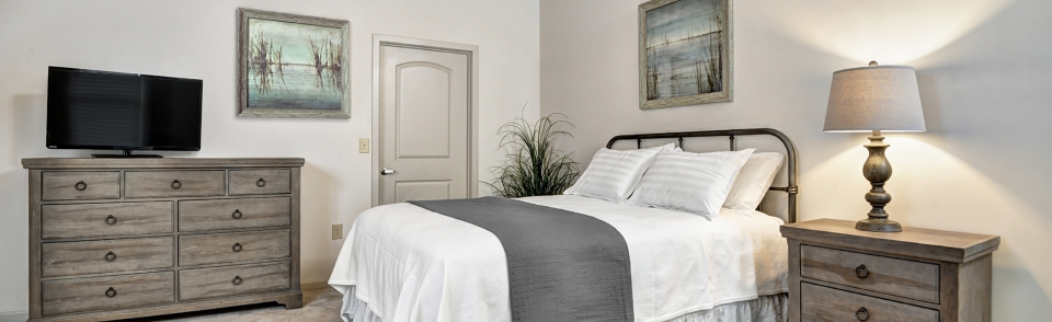 Comfortable Bedrooms with linens included