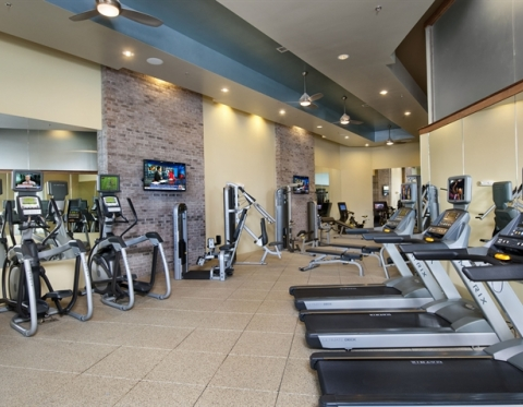 Downtown Charleston SC Furnished Apartment Rentals with Fitness Center included
