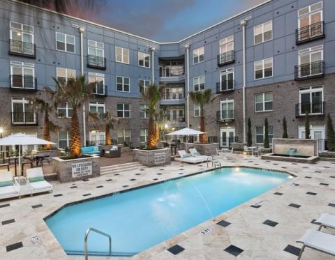 Charleston SC Furnished Apartments - Elan Midtown - Temporary Housing