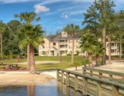 Furnished Apartments in Brunswick GA at The Retreat at Grande Lake