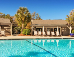 Colonial Village at Waters Edge Summerville Temporary Living - Pool