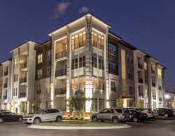 Columbia SC High End Furnished Rentals at 5000 Forest Apartments