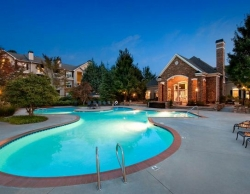 Avery Northwinds Apartments in Alpharetta GA - Pool - Temp Housing