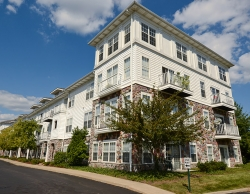 Fox Chapel Furnished Rentals at The Docks Apartments