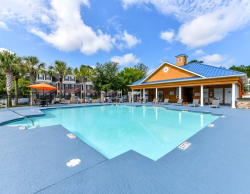 Pooler Station All-Inclusive Luxury Apartment Rentals - Pool