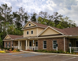 Short-Term Furnished Rentals in Summerville at Arbor Village Apartments