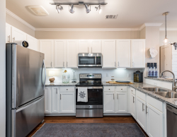 Huge Fully Equipped Kitchens - Daniel Island Rentals
