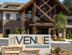 Fully-Furnished Apartment Living in Alpharetta GA at The Venue at Big Creek