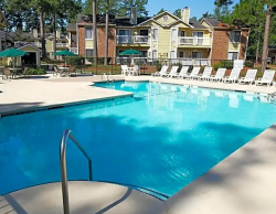 Verandas on the Green - Aiken Furnished Apartments - Pool