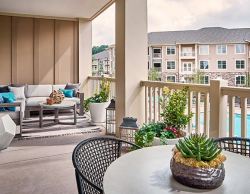 Fully Furnished Apartments At Lantower Waverly